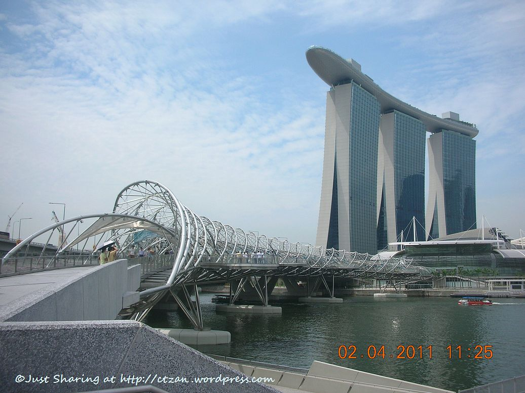 Checking out marina bay sands singapore just sharing for Famous buildings in singapore
