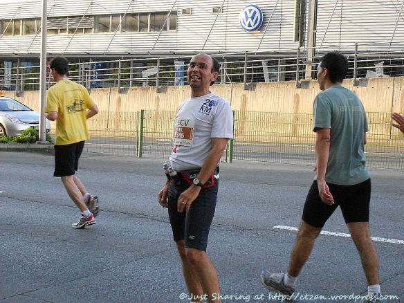 Hubby, 30th edition of Lausanne 20km Run 2011