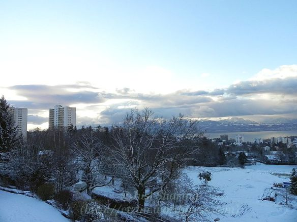 A nice clear morning, Lausanne-Vennes 6 December 2012